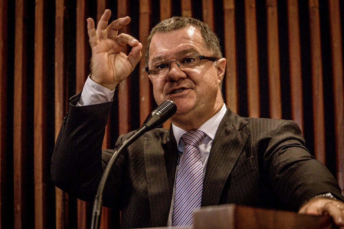 Modelo de Previdência de Bolsonaro deu errado no mundo inteiro